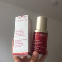 Clarins Super Restorative Total Eye Concentrate Wholesale distributors
