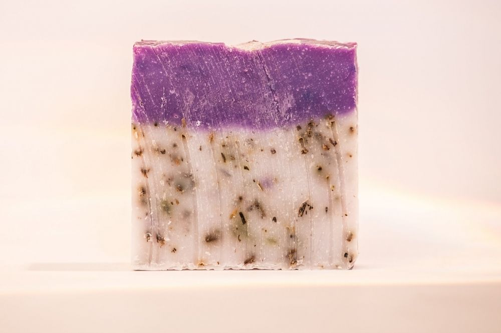 Natural Soap with Essential Oil 100% Handmade Soap Environment Friendly Product Lavender