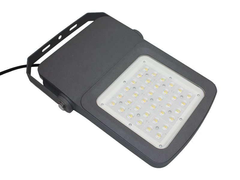 LED FLOOD LIGHT SLFR03