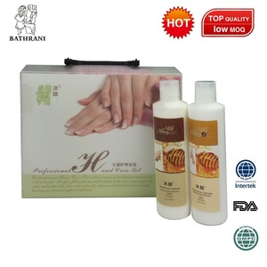 2017 Professional foot care bath tablets hand whitening cream for personal care products manicure set