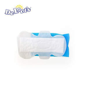 Lady Sanitary Napkin with High Absorption in Nice Packing