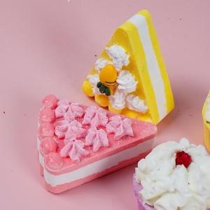 Wholesale Colorful Cake Bubble Bath Gift Set Custom SPA Fizzy Vegan Cupcake Kids Cute Bath Bombs