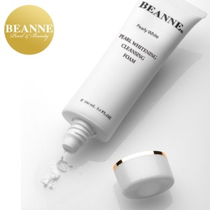 2B612 Natural Pearl Skin Whitening Cleansing Foam For All Skin