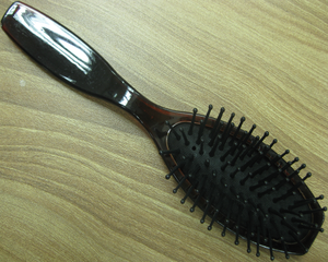 colorful popular plastic hairbrush for hotel and homeuse