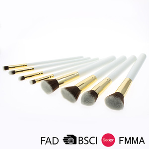Cheap 8 Pieces Custom Logo Synthetic Hair Wood Handle Cosmetic Brush Makeup Brushes