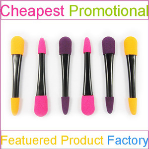 Fay brush sponge applicator with eye shadow for makeup