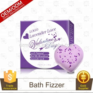 100% Handmade Luxury Moisturizing Shea Butter Fizzy BathBomb With Dried Petals Flowers Bath bomb