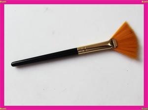 mini travel nylon hair wood handle fan brush