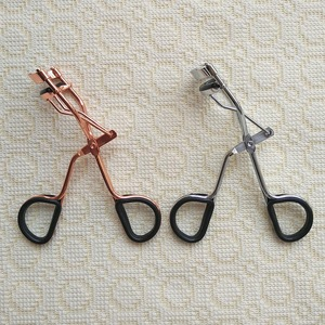 china wholesale Makeup tool plastic handle rose gold eyelash curler