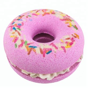 OEM / ODM Donut Natural Essential Oils Color Donut Cupcake Bathbombs for Sale