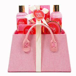 Popular basket packing women skin care essential body wash bath gift set