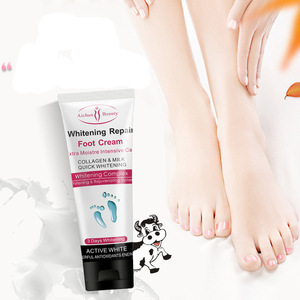 AICHUN Collagen Milk Serum 100g Feet Cream Effectively Exfoliating And Whitening Heel Foot Massage Cream Repair Feet Care