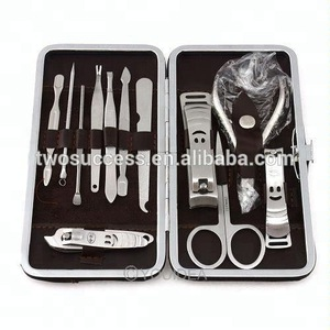 Factory sale Unisex Nail Care Tools 12 Pcs Cutter Cuticle Clipper Manicure Pedicure Kit Case Gift Set