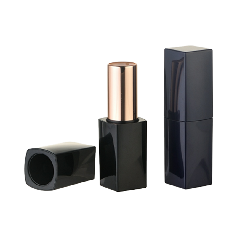 Esteel Lauder Style Lipstick Tube Packaging