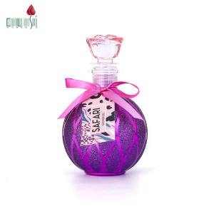 OEM Moisturizing fruity perfume body wash bath and shower gel