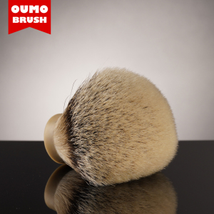 OUMO BRUSH - SHD SILK HMW super high density  high mountain white silvertip badger hair shaving brush knot with gel tip