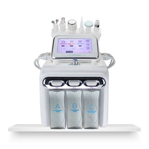Portable 6 in 1 Microdermabrasion Machine for Deep Cleaning Skin Oxygenation and Hydrating