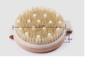 Hot selling round handy wooden massager bath brush,massager bead bath brush