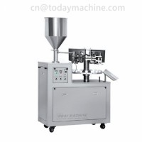 Vacuum pumping two heads liquid packaging machine for perfumes, lubricants, liquid detergent
