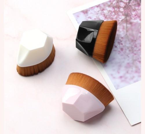 Foundation Makeup Brush Kabuki Face Brush Multifunctional for Flawless Powder Blending Liquid