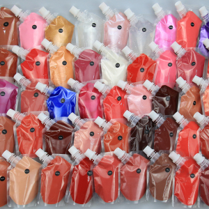 2021 new style  lipgloss private label canning packaging  lipgloss  versagel lip gloss base