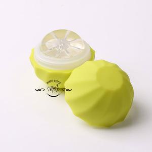 LT04 Wholesale Eco-friendly moisture mineral ingredient lip balm private label