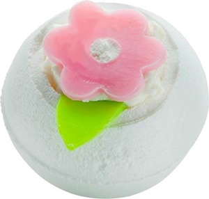OEM Best Selling SPA Perfume Bubble Salts Ball Bath Bombs with Toys Inside Animal Bath Fizzy