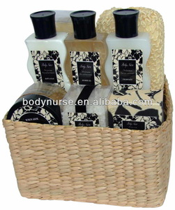 8 pcs Natural Spa relax bath set with grass basket