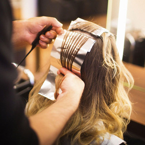 Hair aluminum foil highlights using hairdressing foil roll or sheet