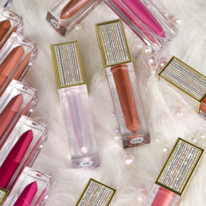 Best Christmas Gift Mositure Lip Gloss 20 colors High Grade Luxury Gold Shiny Lip Gloss Private Label