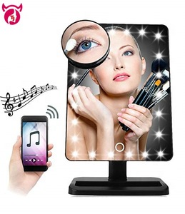 Wholesale OEM electronic gift items for 2018 magic lighted wireless speaker mirror with X10 magnifier