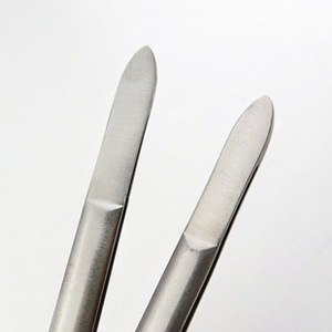 Professional Manicure Instruments Cosmetic Eyebrow Tweezers / Beautiful Girls
