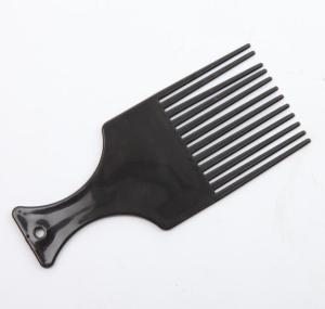 Plastic hair comb / Combs
