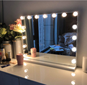 Popular Manufacture LED Light Bulbs Smart Hollywood Makeup Vanity Mirror with USD PORT MAKEUP MIRROR With 14 bulbs