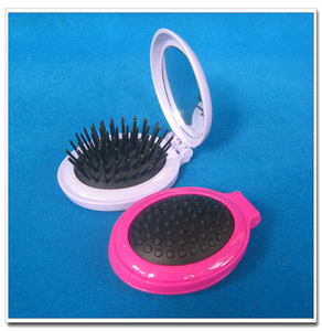Compact foldable hair brush with mirror