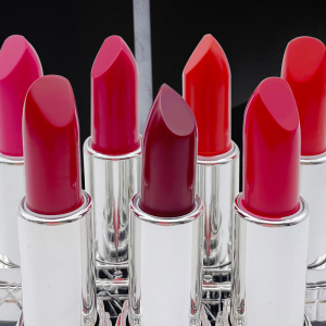 Private Label Long Lasting Makeup Lips stick Waterproof Moisturizing Lipstick Free Sample Lipstick