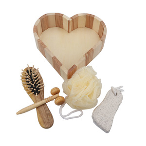 Promotional wood heart box 5pcs  bath accessory set, Loofah Brush /comb Wooden box spa set /Bath Gift Set