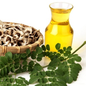 ISO Certified 100% Pure and Natural Moringa Carrier Oil