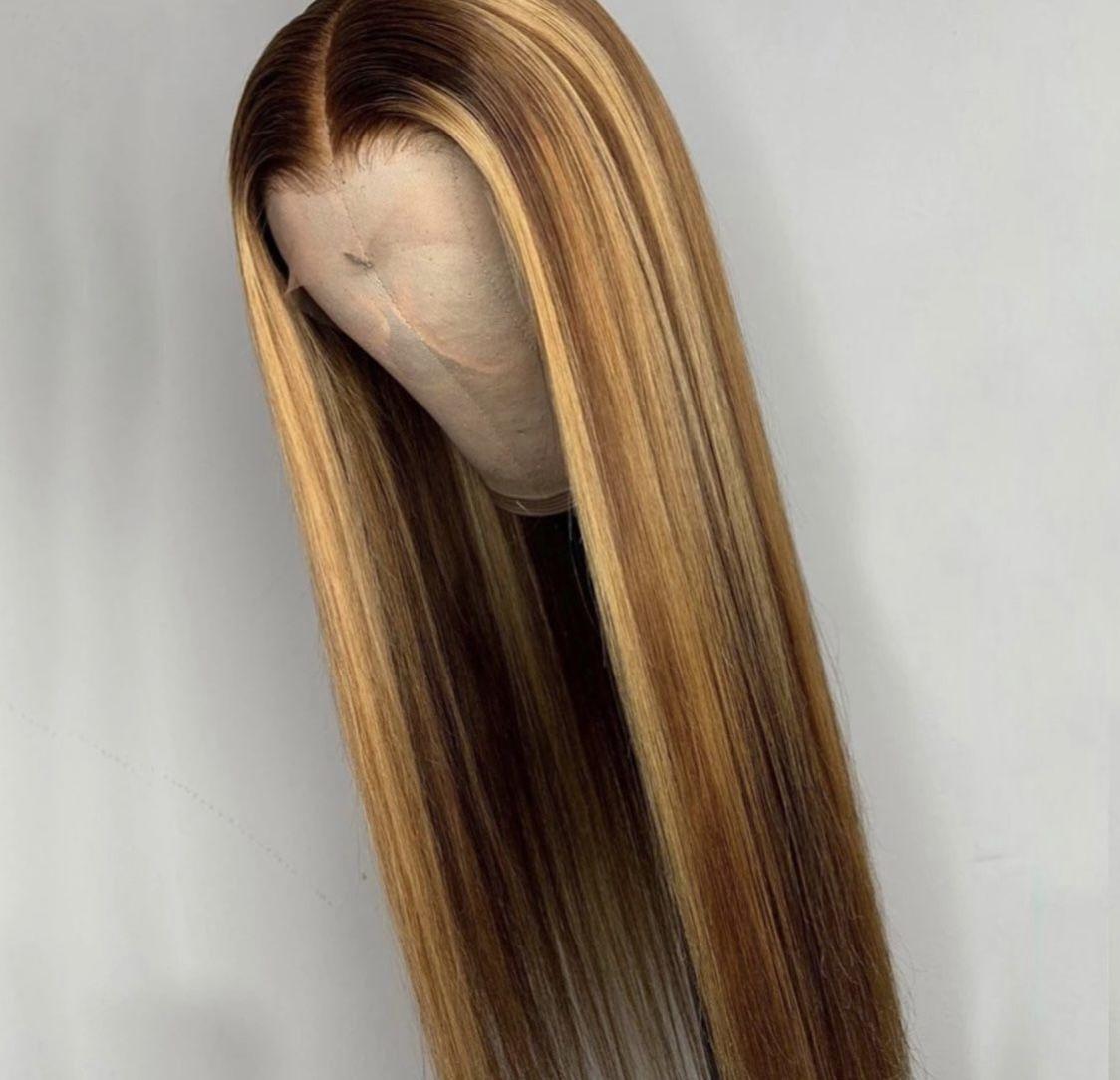 "Brazilian ""honey "" highlight 24 inch wig"