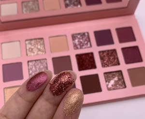 Wholesale cosmetics unique makeup 18 nude color eyeshadow palette