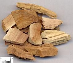 Hot selling 100% nature Sandalwood Oil,sandalwood essential oil at best price!