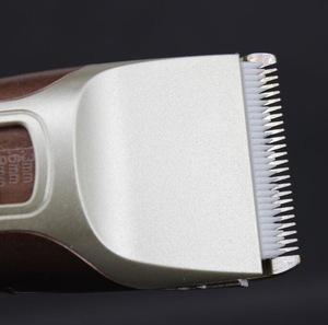 Professional 110V/220V Rechargeable Battery Electric Hair Trimmer for Men