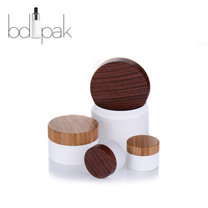 BDPAK New Design 50ml Plastic Cosmetic Jar with Bamboo Lid