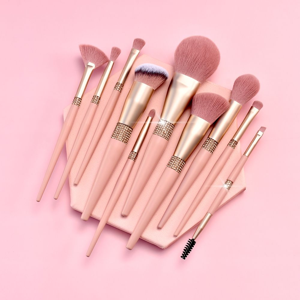 Wholesale Custom Logo 11pcs Glitter Cosmetic Cleaner Brush Holder Diamond Package Box For Luxury Bling Pink Makeup Brush Set