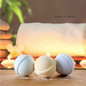 OEM/ODM Professional Supplier Winter Supply Relaxing Body And Mood Bath Bomb Gift Set Bubble Bath
